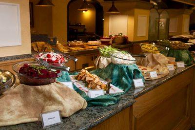 Hotel-Santana--Frühstücksbuffet-(1)