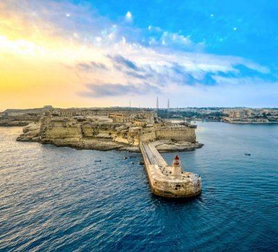 Singlereise Malta - Leuchtturm und Fort Ricasoli