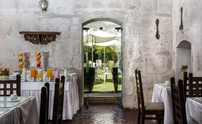 San Agustin Monasterio - Restaurant/Garten