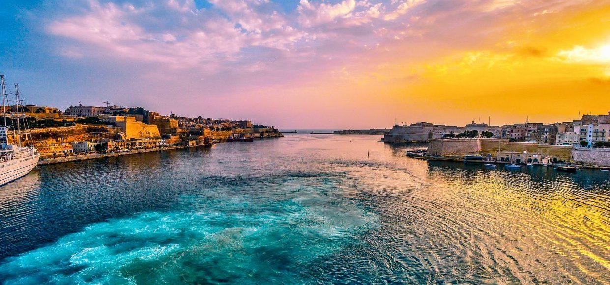 Singlereise Malta - Bucht vor Valletta